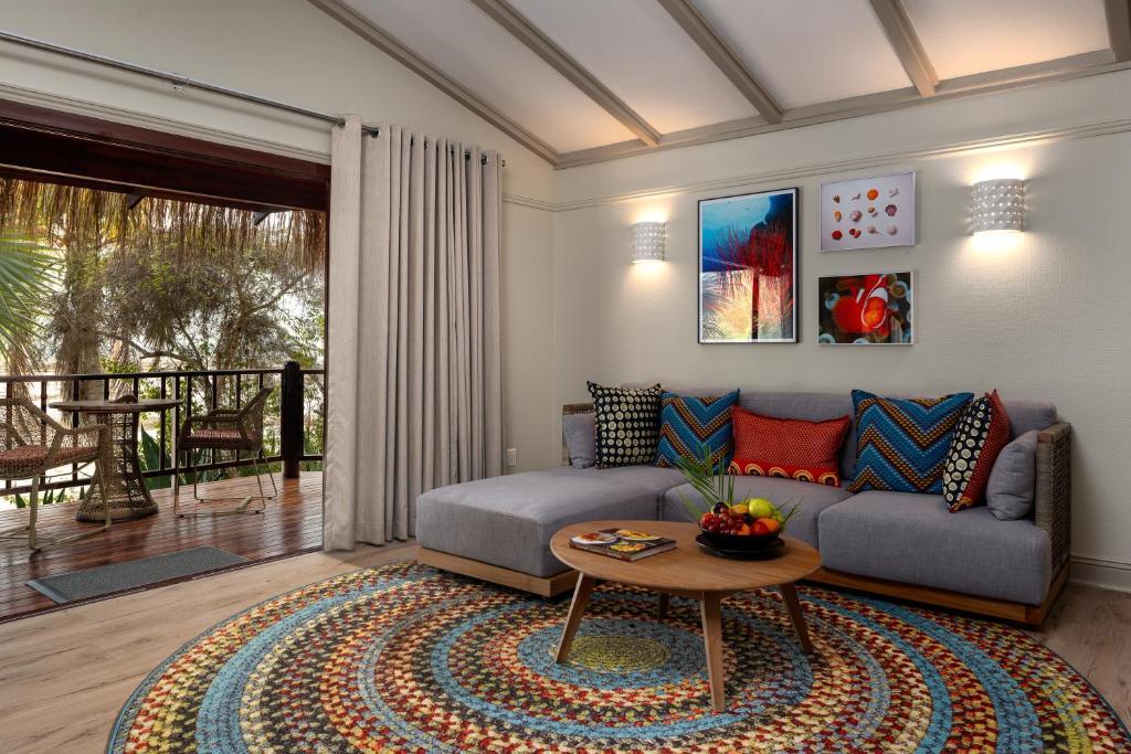 Uma área de estar em Anantara Bazaruto Island Resort