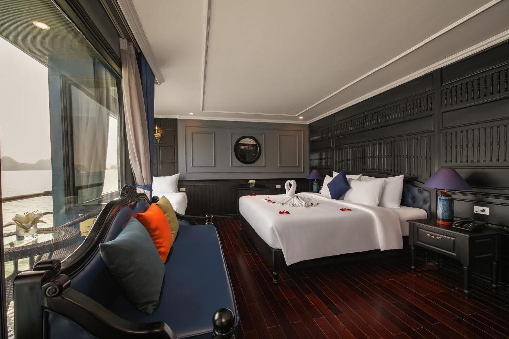 Suite Luxury Có Ban Công Riêng - 2 Ngày 1 Đêm