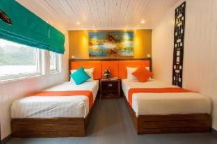 Room #58025617