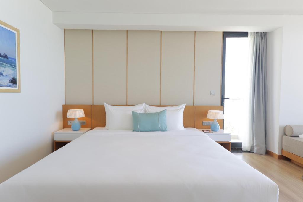 Suite Premier Giường Đôi Nhìn Ra Đại Dương - Ưu Đãi Spa