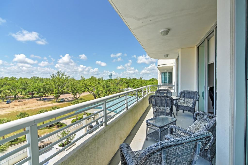 Beachside Biloxi Club Condo Balcony W Ocean View Ms Booking Com
