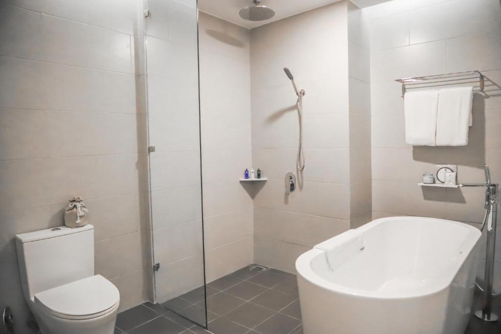 Suite 3 Phòng Ngủ Nhìn Ra Biển - Bao Gồm Spa