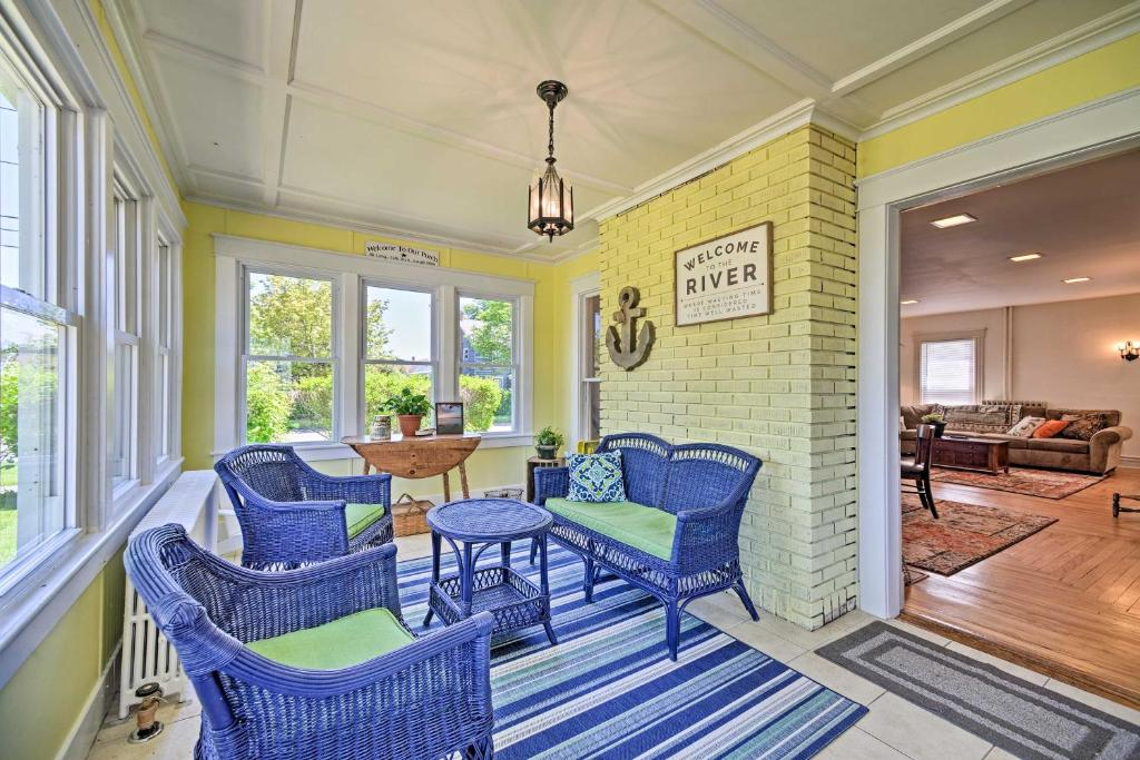 A seating area at Home w/Patio, 2 Blocks to St. Lawrence River