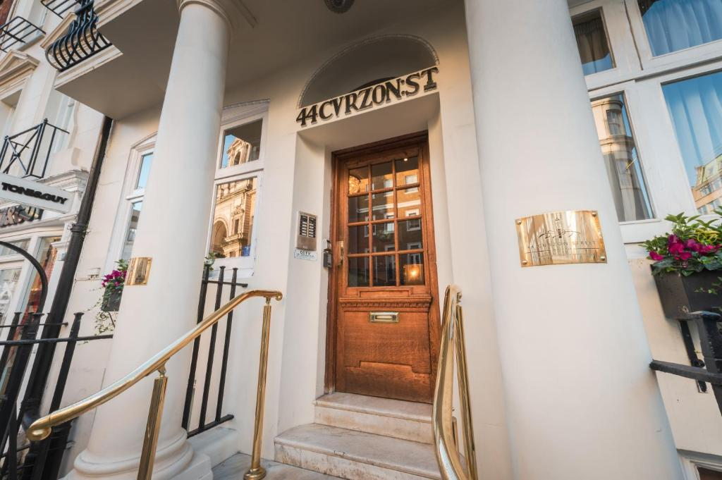 44 Curzon Street By Mansley Serviced Apartments in London, Greater London, England