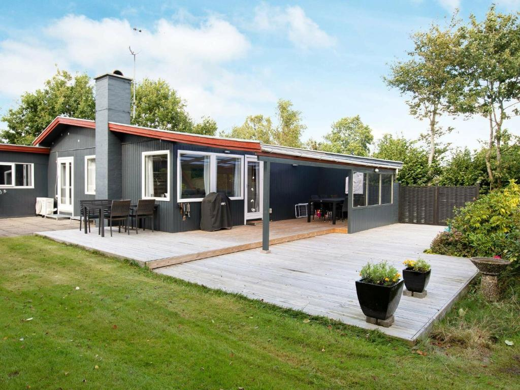 Serene Holiday Home in Kalundborg with Terrace