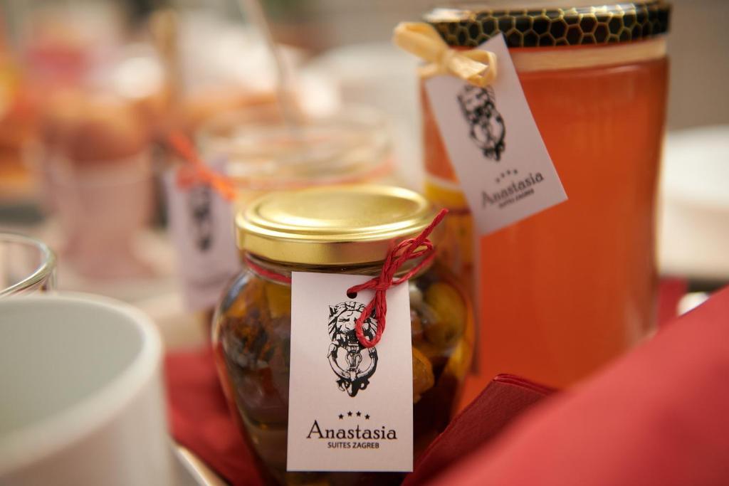 ruska stranica za upoznavanje anastasia upoznavanje u augusta ga