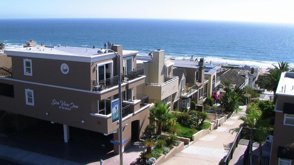A bird's-eye view of The Sea View Inn At The Beach