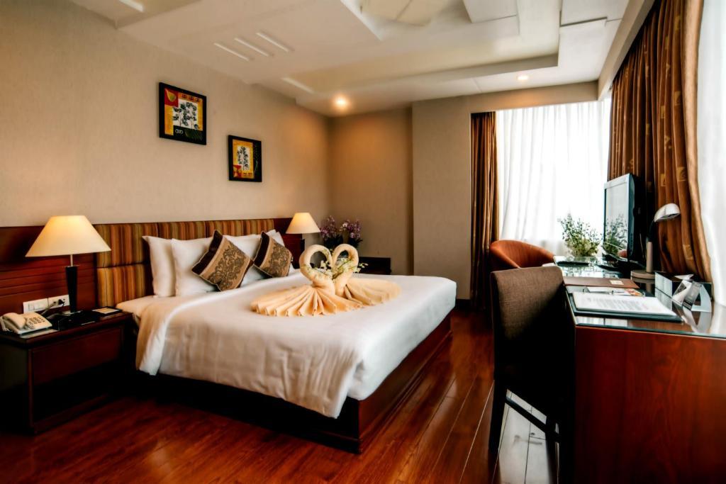 Ưu Đãi Sử Dụng Trong Ngày - Phòng Deluxe Giường Đôi Có Cửa Sổ - Từ 12:00 đến 16:00