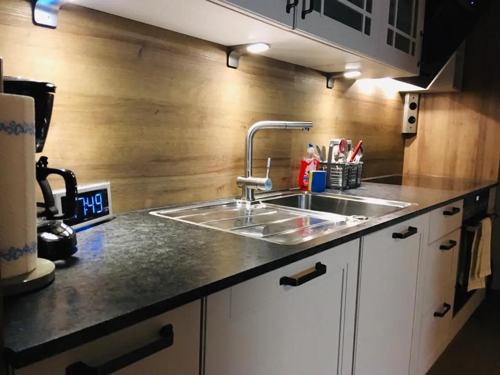 Küche/Küchenzeile in der Unterkunft Salzburg's noble district: New & Quiet Flat