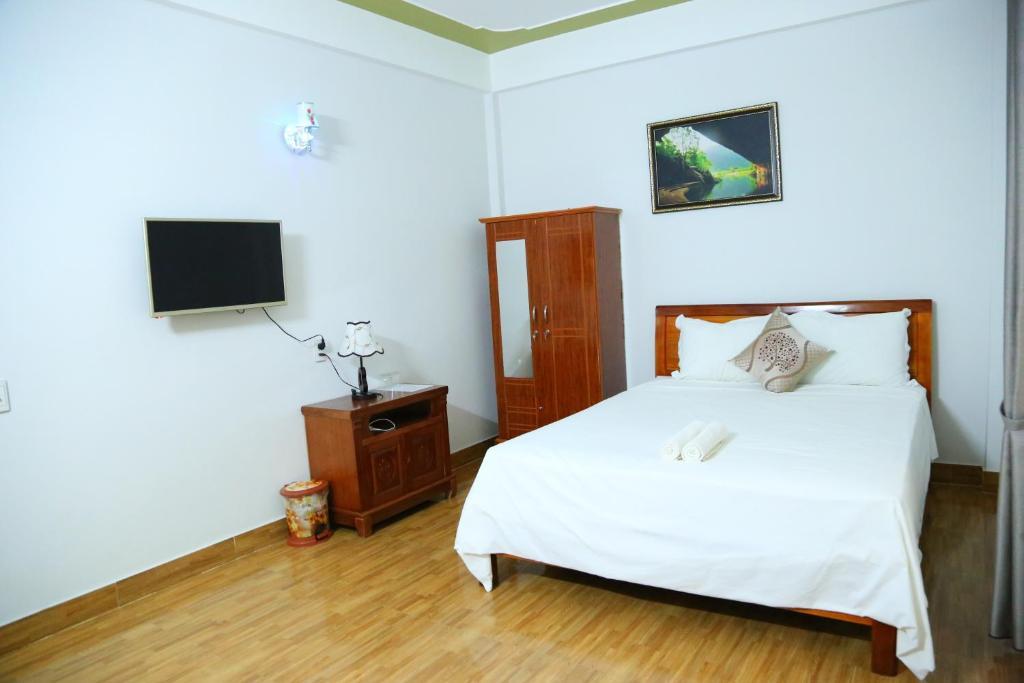 Son Tinh Hotel