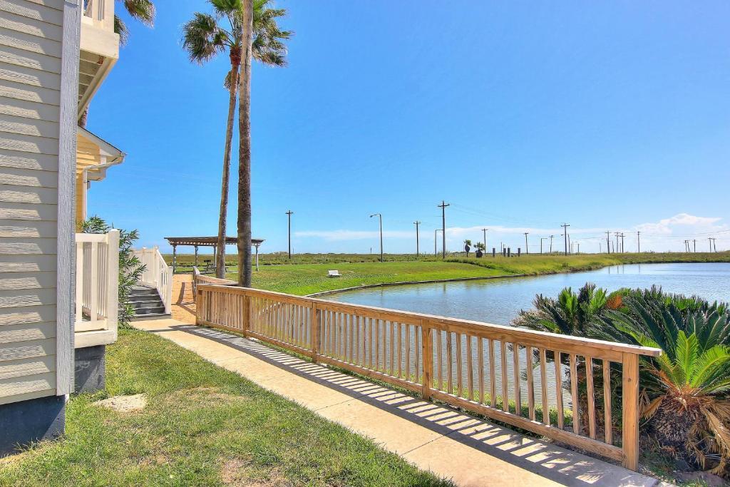 Beach Club Condos Padre Island Tx Booking Com