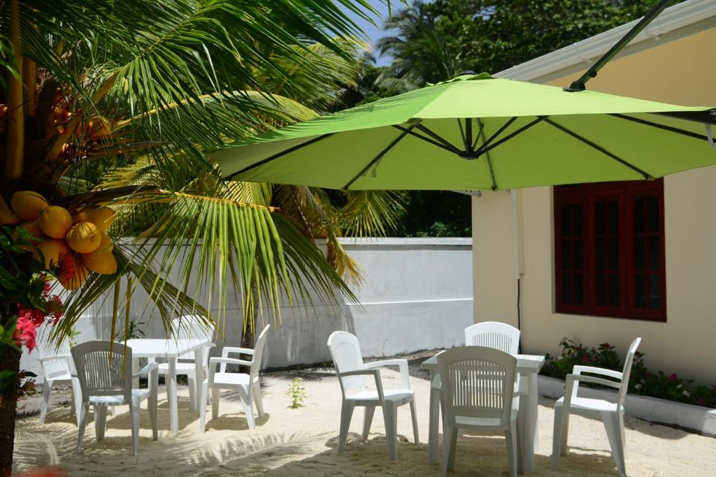 Maclura Residence Atollo Baa Prezzi