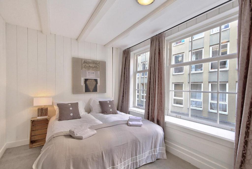 23793004 - Onde se hospedar em Amsterdam: Melhores bairros/dicas de hotéis e como economizar - holanda, amsterdam