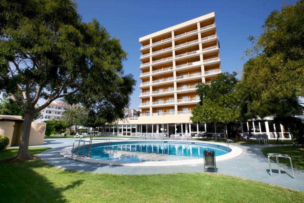 Het zwembad bij of vlak bij Prestige Goya Park