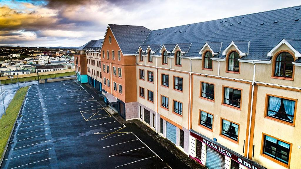 THE HOLYROOD HOTEL - Updated 2020 Prices & Reviews