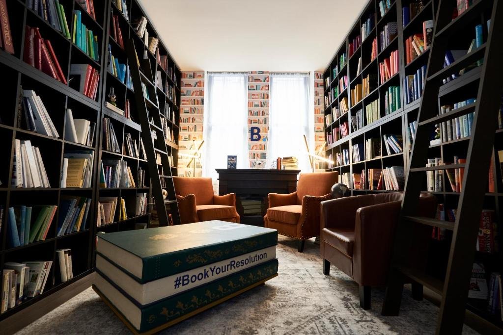 The library in the apartment