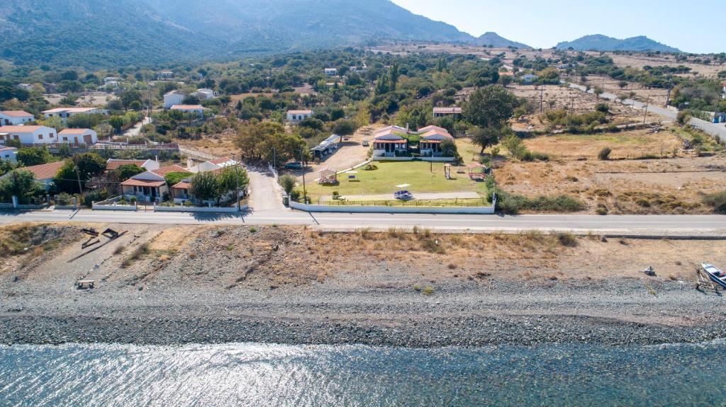 Vedere de sus a Athina Apartments