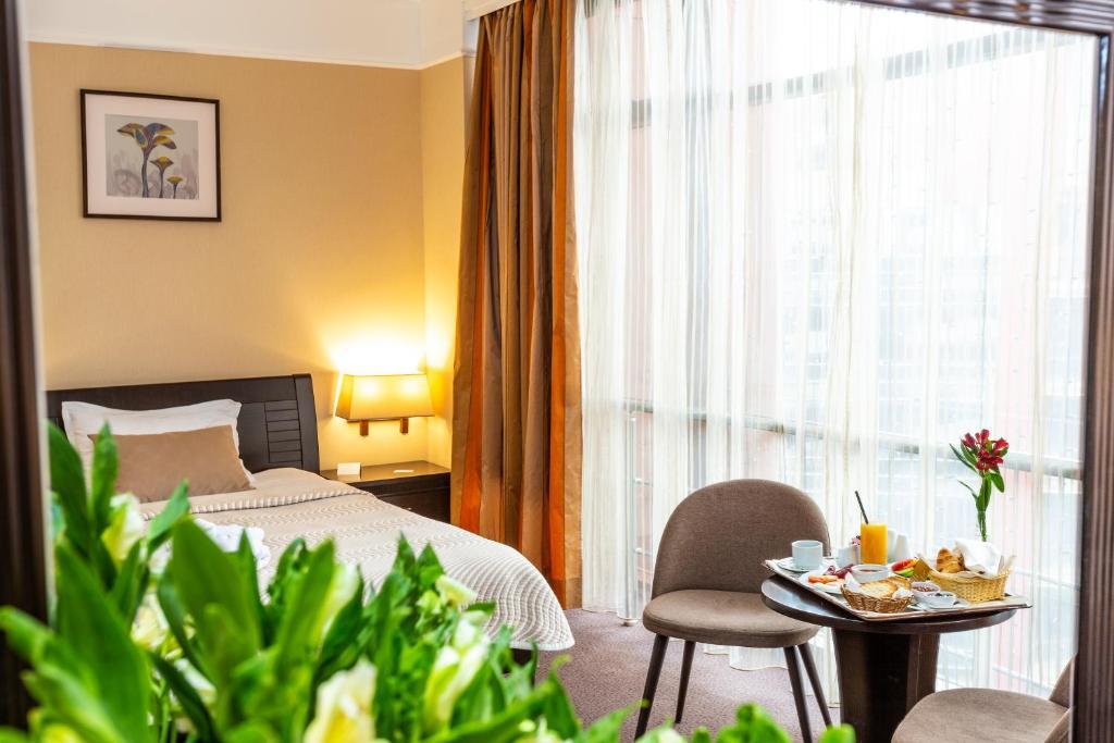 Festa Sofiya Hotel Sofiya Obnoveni Ceni 2020