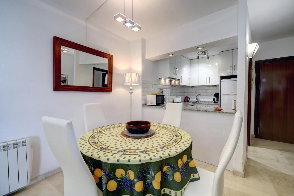 Estepona Port Apartment