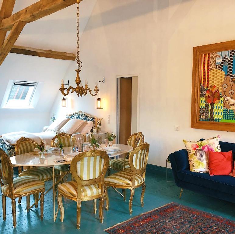 Chateau De La Lande Crozon Sur Vauvre Updated 2020 Prices