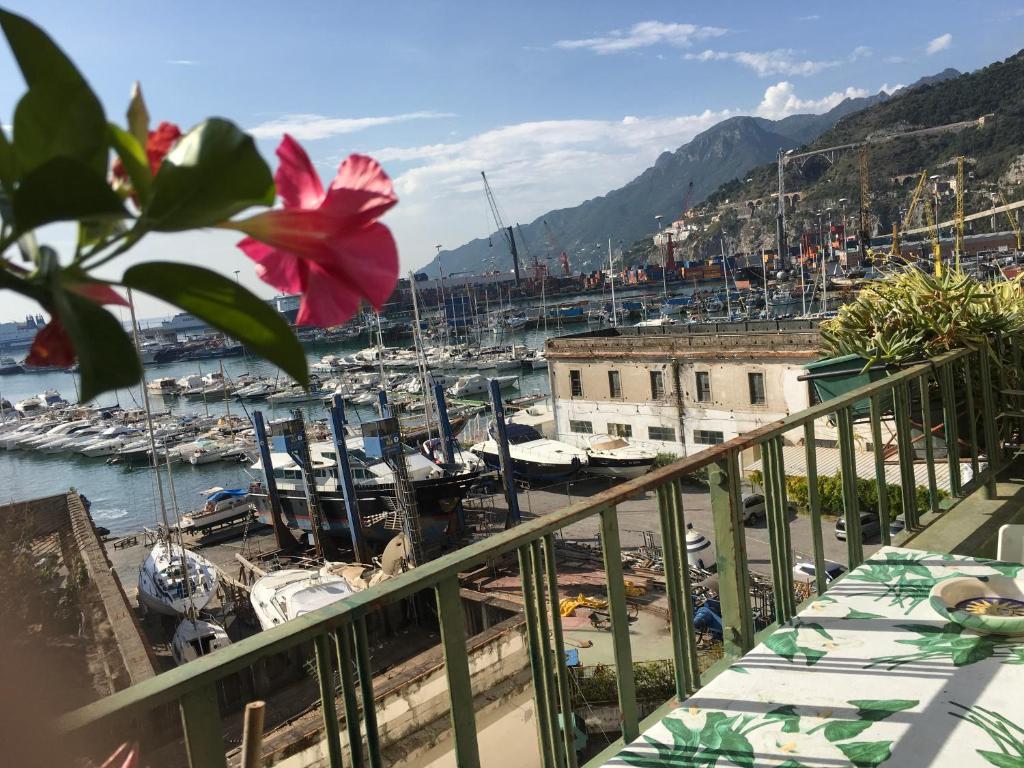 Negozi Di Lampadari A Salerno abitare sul porto, salerno – prezzi aggiornati per il 2020