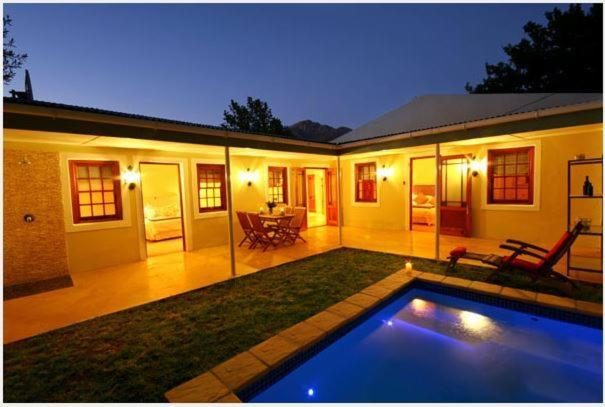 The swimming pool at or near Cabriere Cottage