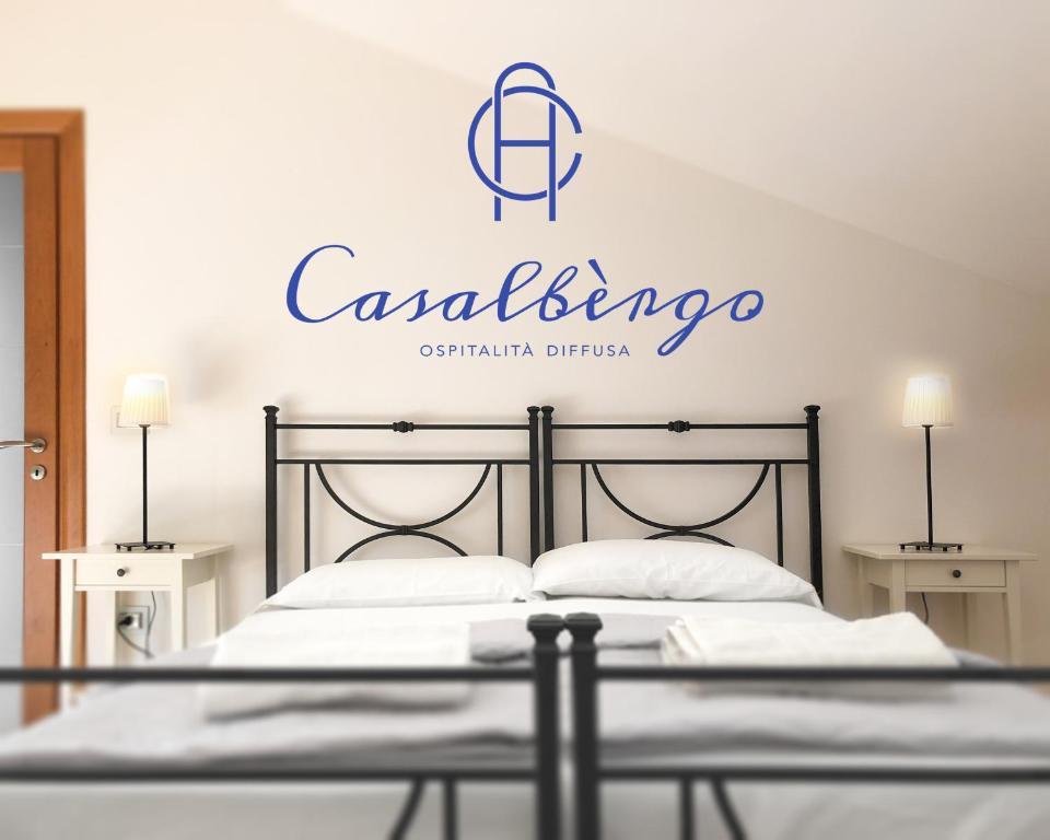 Letti Singoli Disposti Ad Angolo.Bed And Breakfast Casalbergo Melfi Italy Booking Com