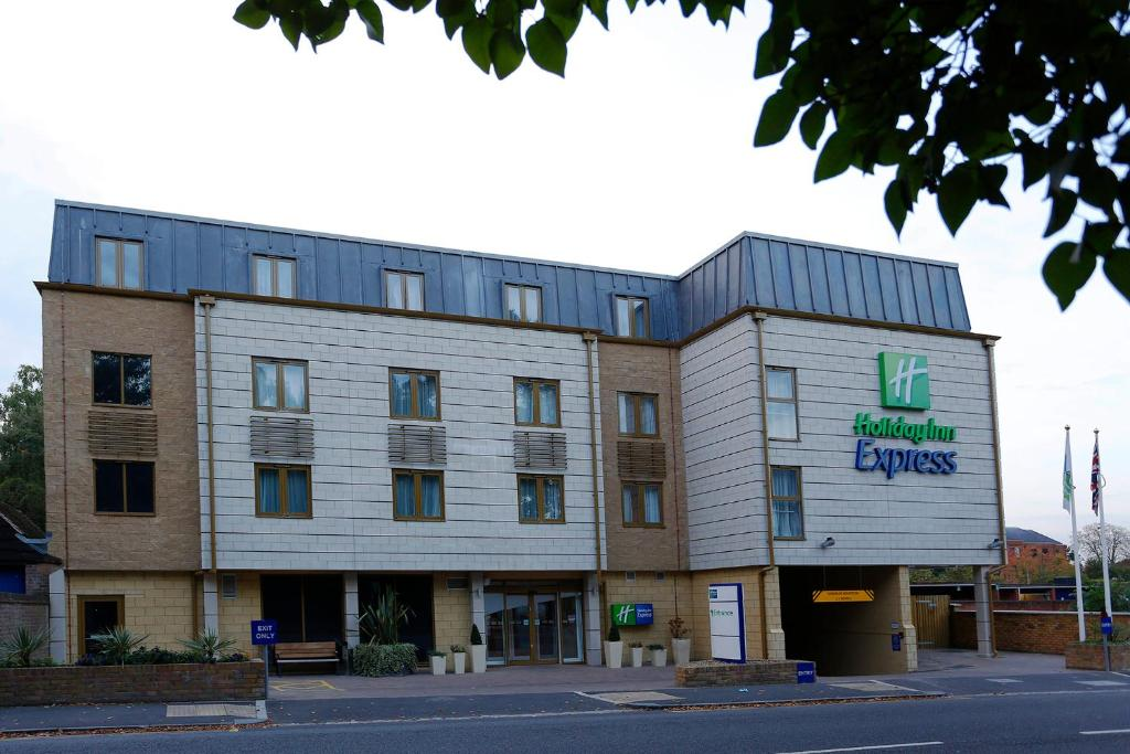 Holiday Inn Express Windsor in Windsor, Berkshire, England