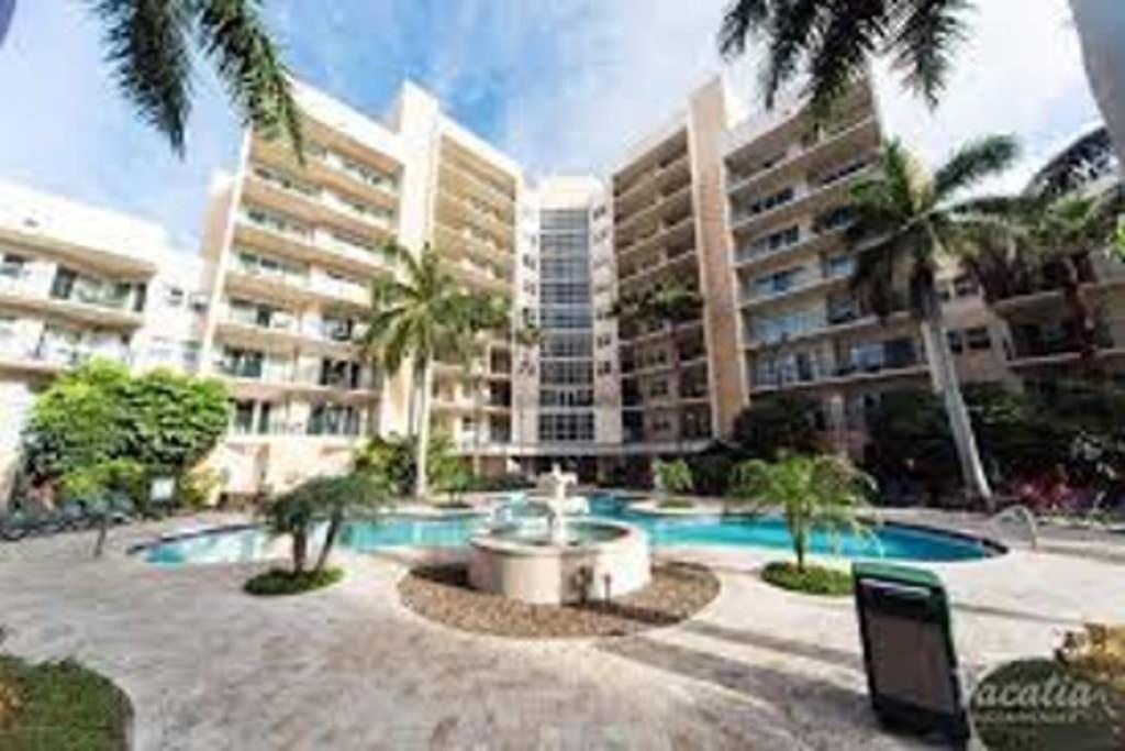 Club Wyndham Palm Aire Resort Pompano