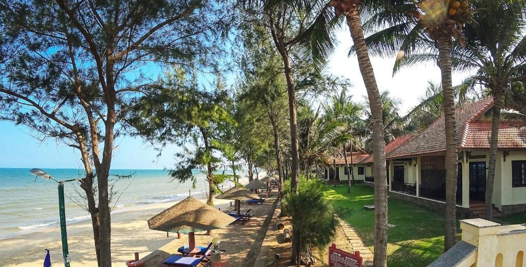 Bungalow - Nhìn Ra Bãi Biển