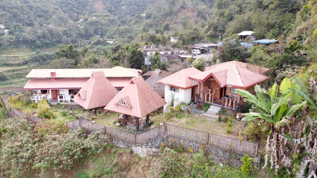 A bird's-eye view of Baleh Boble Guesthouse