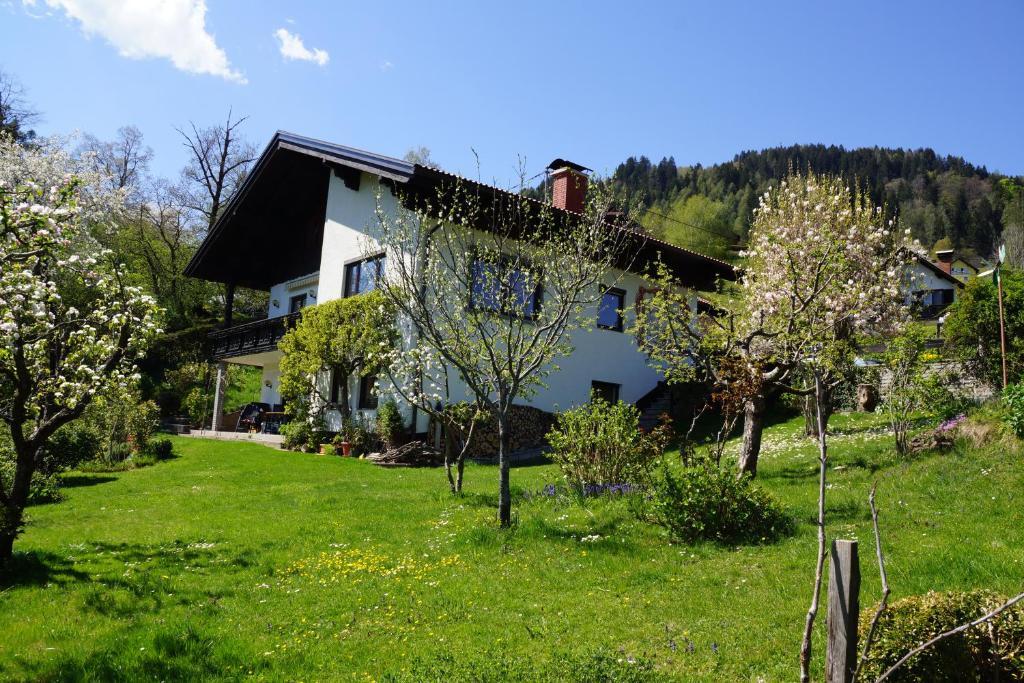 Haus Oberfriessnig in Radenthein - Millsttter See