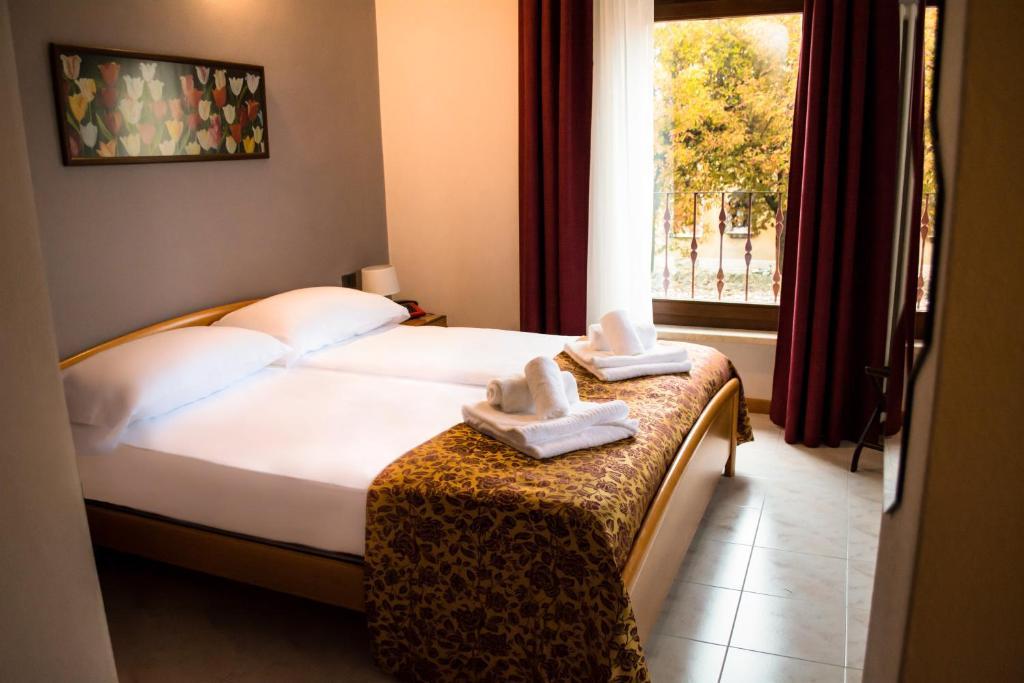 Hotel Corte Dal Castello Cola Di Lazise Nove Cijene Za 2020