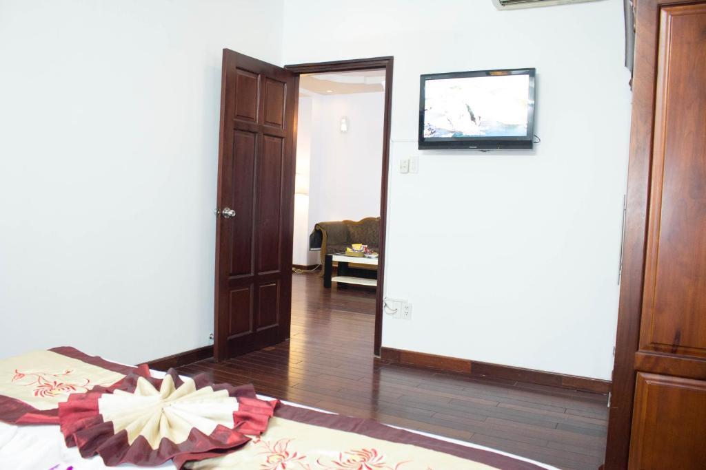 Hoa Phat Hotel & Apartment