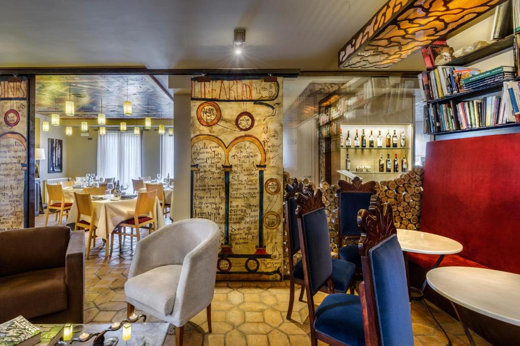 boutique hotels in huesca  250
