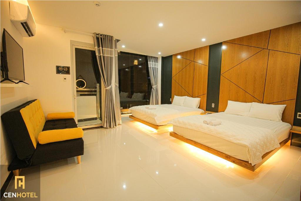 Cen Hotel