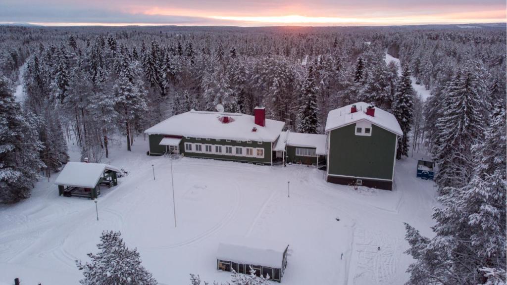 Hotelli Taiga School Suomi Kuusamo Booking Com