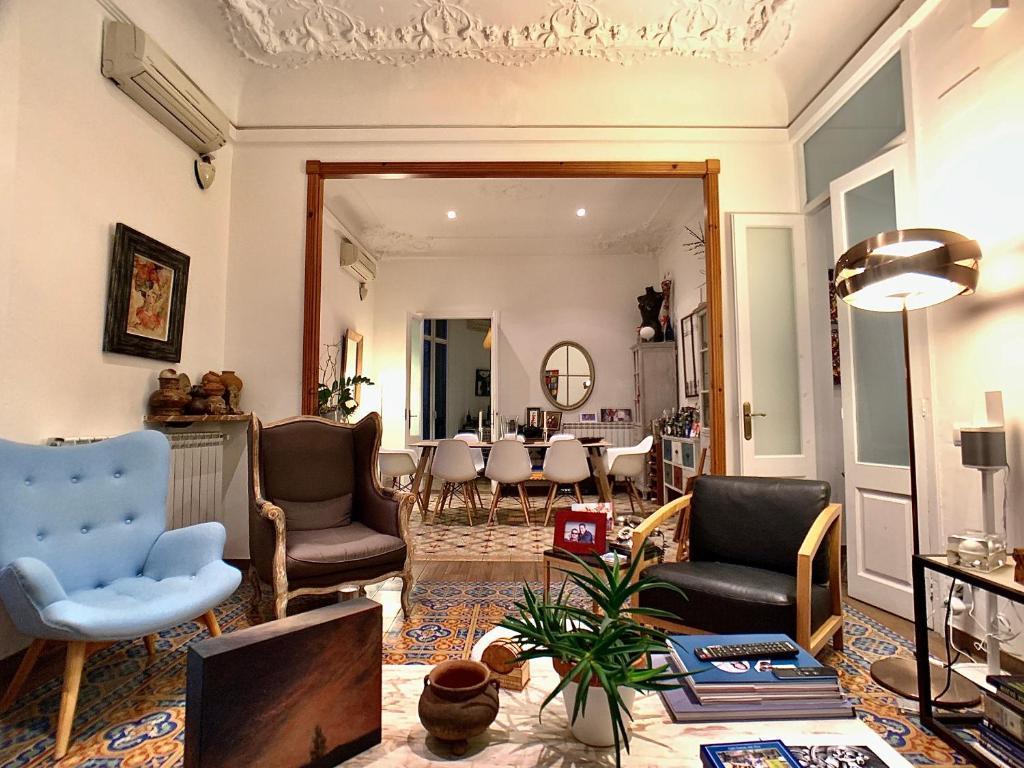 Uma área de estar em BarcelonaBB Apartment