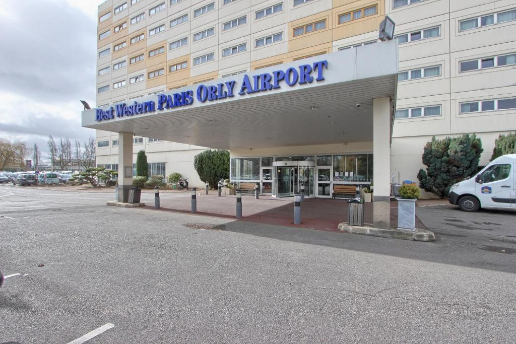 how to get to orly airport from paris center