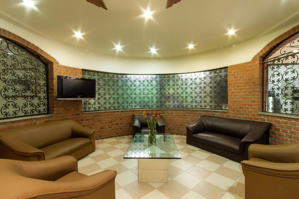 A seating area at Nuevo Hotel Internacional