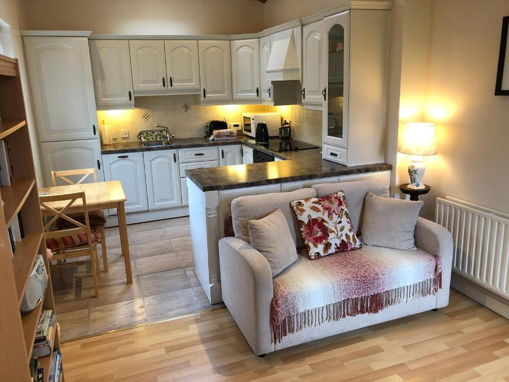 A kitchen or kitchenette at Cluain Tarbh