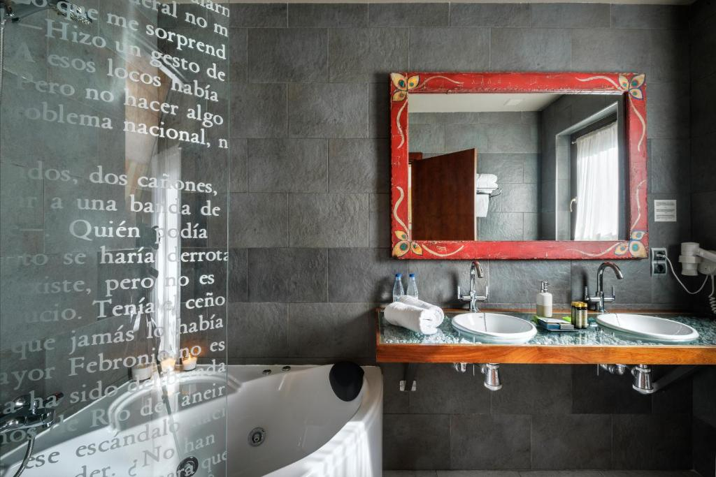 boutique hotels in huesca  246