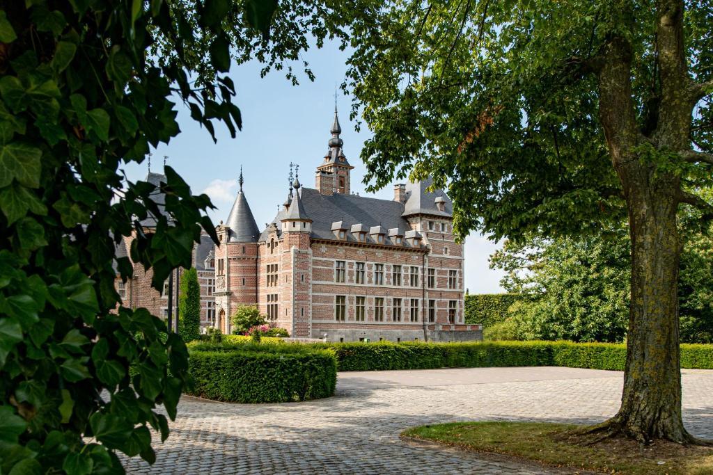 Hotel Kasteel van Ordingen (België Sint-Truiden) - Booking.com