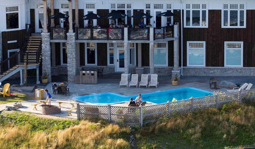 White Point Beach Resort Liverpool