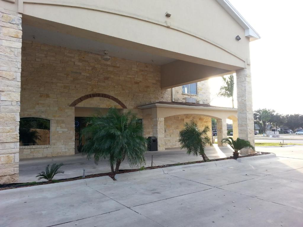 La Posada Inn Alamo