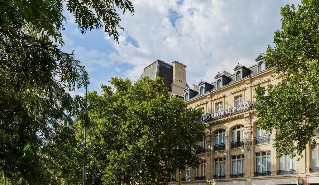 Crowne Plaza Paris Republique.