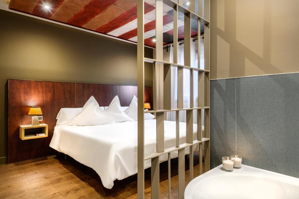 hoteles con encanto en lanuza  10