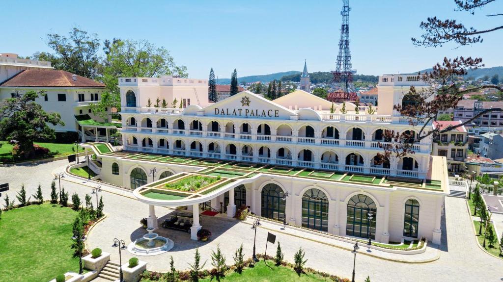 DaLat Palace - Luxury Hotel & Golf Club