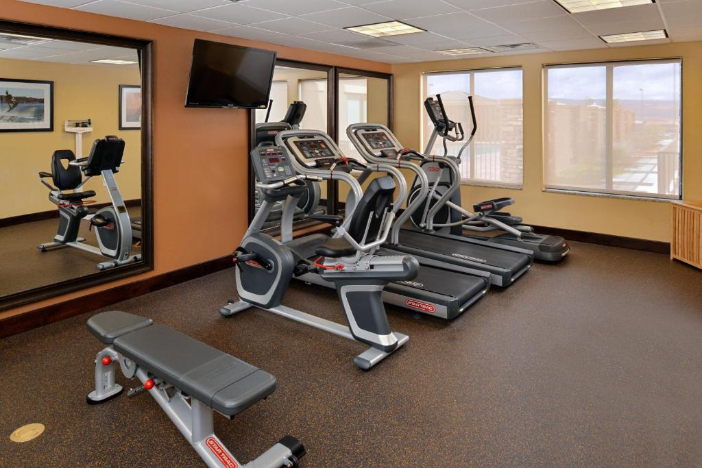 The fitness center and/or fitness facilities at Holiday Inn Express Hotels Page