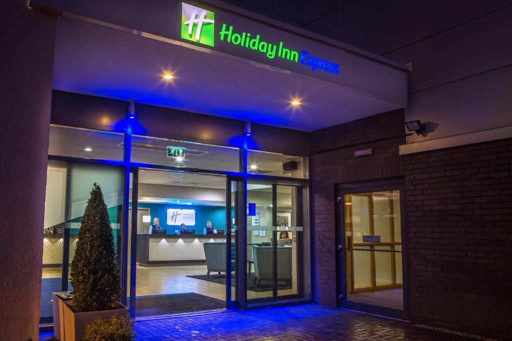 Holiday Inn Express Manchester Airport in Hale, Greater Manchester, England